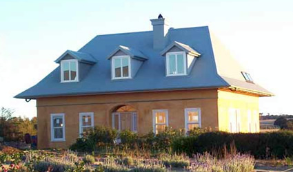 Case in paglia progettare una casa in paglia comoda - Costruire una casa in paglia ...