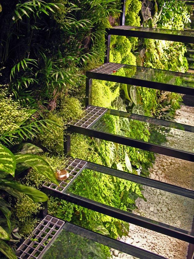 Giardini verticali patrick blanc all hotel athenaeum di for Creazioni giardini