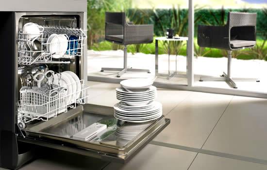 10 modi e per rendere sostenibile lavare i tuoi piatti for Come risparmiare denaro per costruire una casa