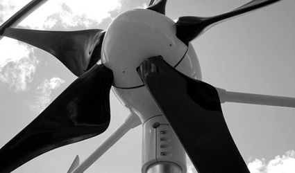 turbine_eoliche_swift_energia_eolica_swift_turbina_eolica_swift_asse_orizzontale_quiet_revolution_cascade_energia_eolica_asse_verticale_2