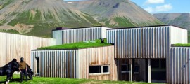 casa_passiva_hof_architettura_sostenibile_edificio_passivo_efficienza_energetica_energia_geotermica_1