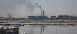 inquinamento cina, inquinamento fiumi cinesi, inquinamento cina nike adidas