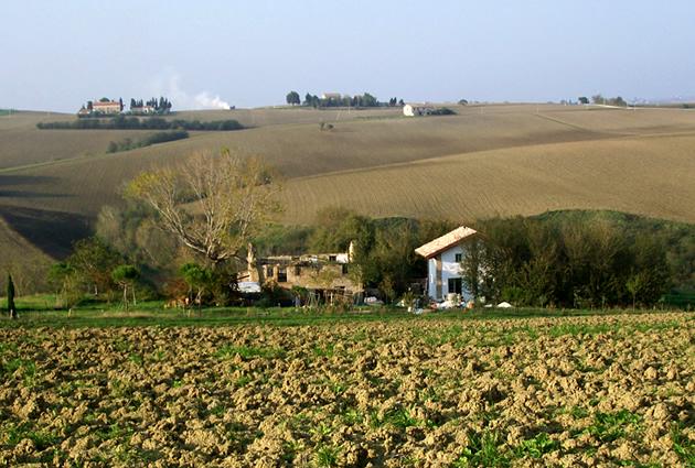 casa in paglia, casa in paglia cingoli, casa in paglia italia