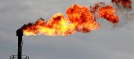 Fonti rinnovabili più efficienti, petrolio e carbone in discesa